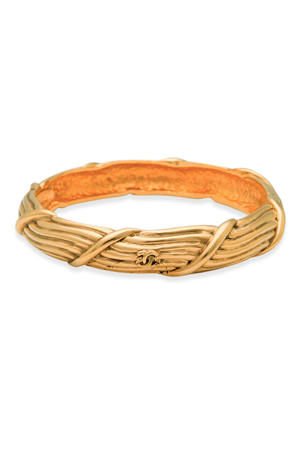 Chanel - Vintage Vine Design Bangle