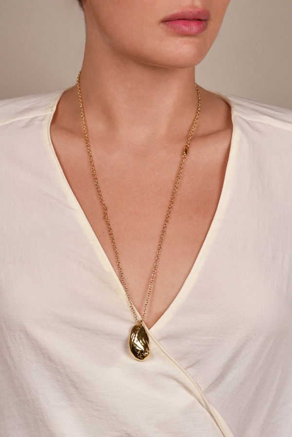 Gaviria - Shell Necklace (Gold)