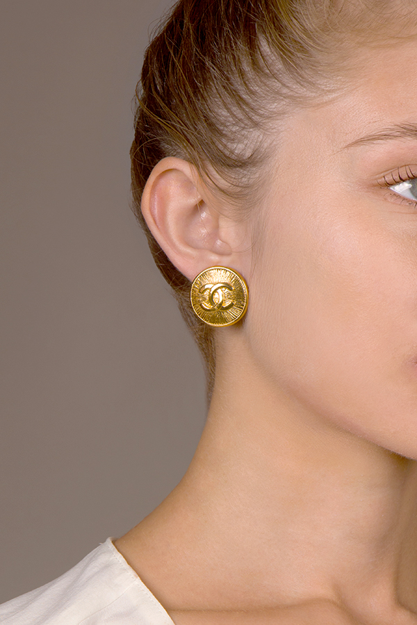 Chanel - Medium Embossed CC Clip On Earrings View 1