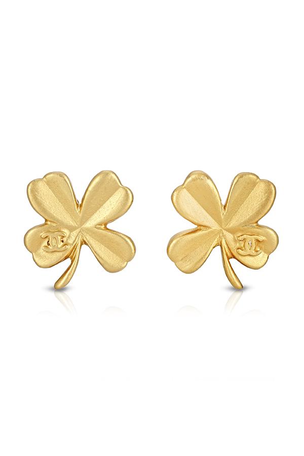 Vintage small gold stud earrings