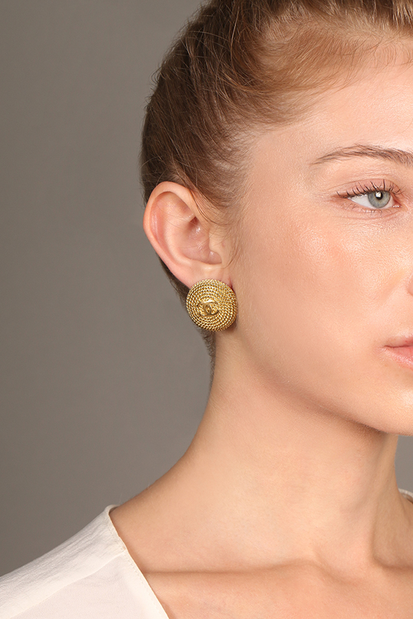 Chanel - Vintage Round Cable Clip On Earrings