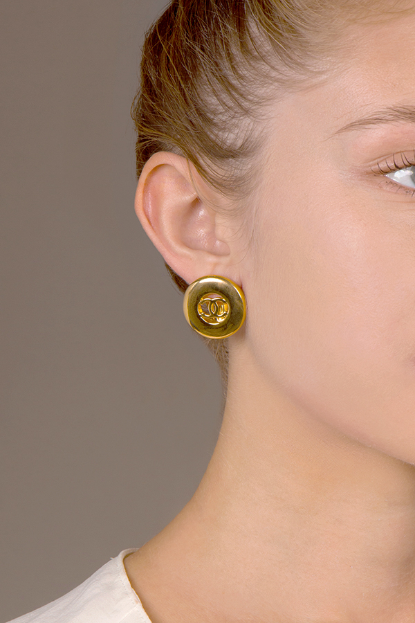 Chanel - Medium Gold CC Logo Cut Out Clip On Earrings