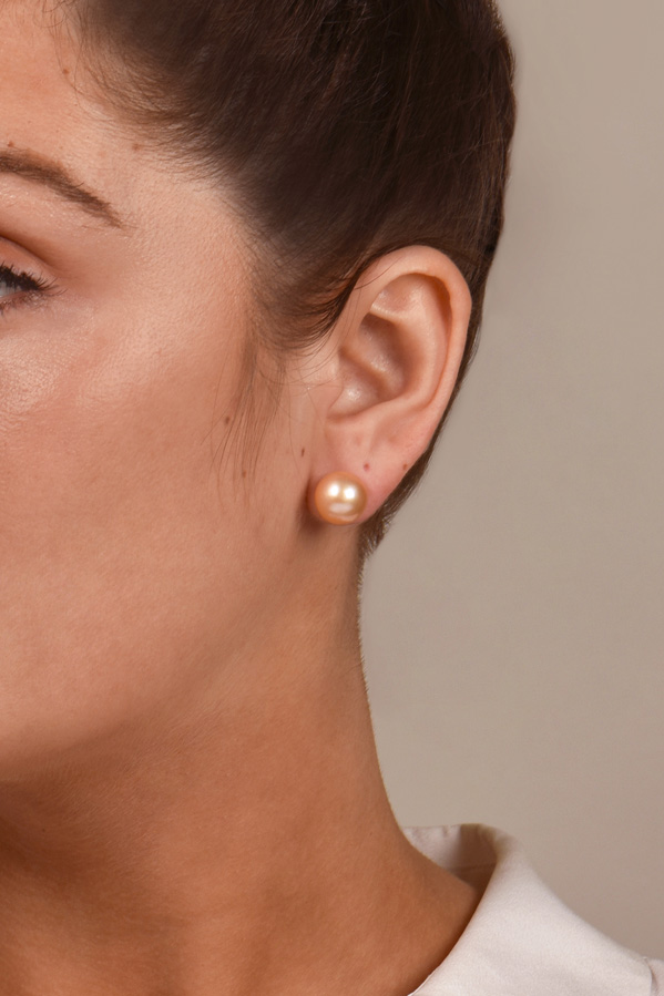 Chains and Pearls - The Perfect Pearl Stud Earrings (Peach)