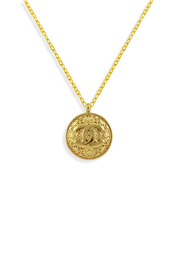 Chanel - Vintage CC Logo Embossed Circular Pendant Long Necklace