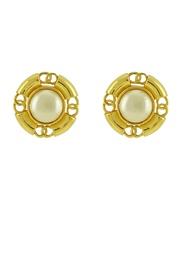 Chanel - Vintage Faux Pearl CC Logo Clip On Earrings