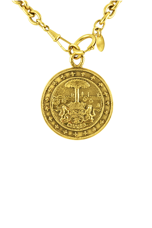 Chanel - Vintage Oversized Crest Medallion Necklace View 1