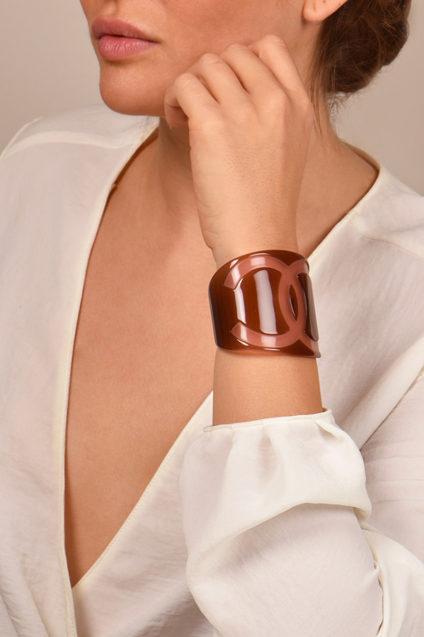Chanel - Resin CC Cuff - Brown