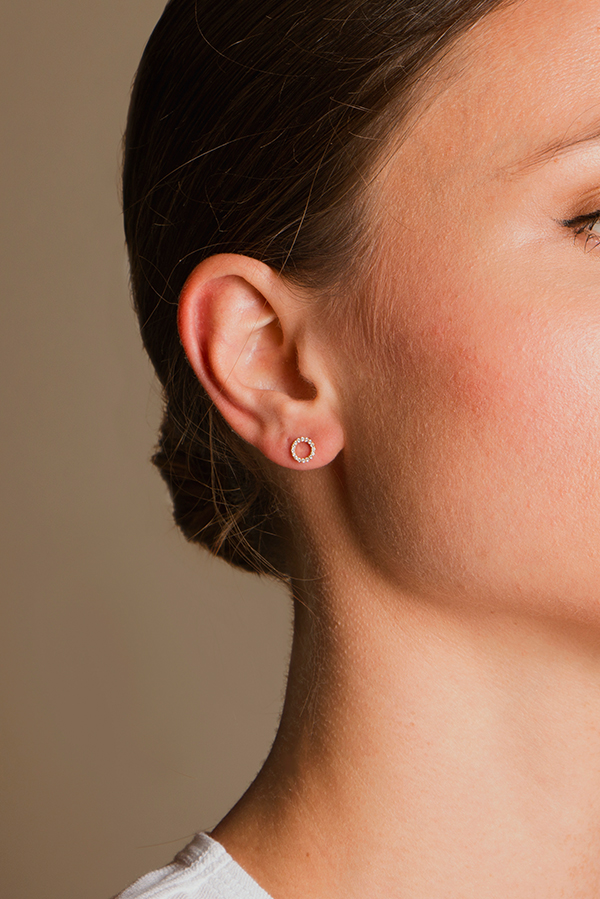 Switch - Diamond Circle Studs (18k Rose Gold)