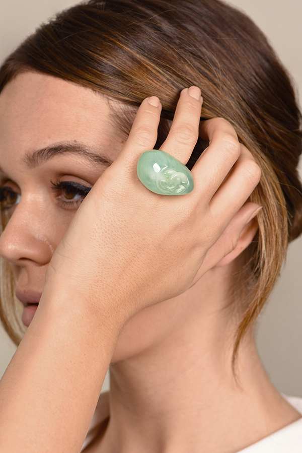 Chanel - Vintage Asymmetrical Lucite Ring (Light Green) - Size 7