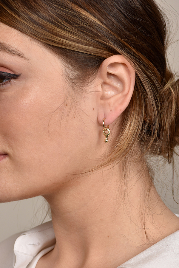 Rebecca Pinto - Digue Dangle Hoop Earrings (14k Yellow Gold)