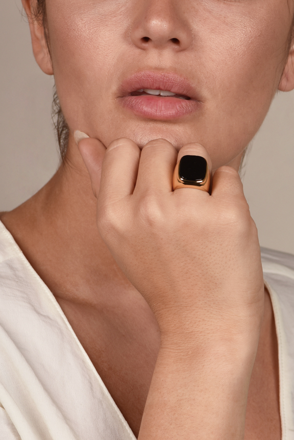 Celine - Black Onyx Cocktail Ring   7 5 View 4