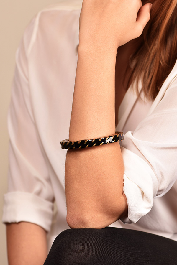 Chanel - Black and Gold Weave Bangle