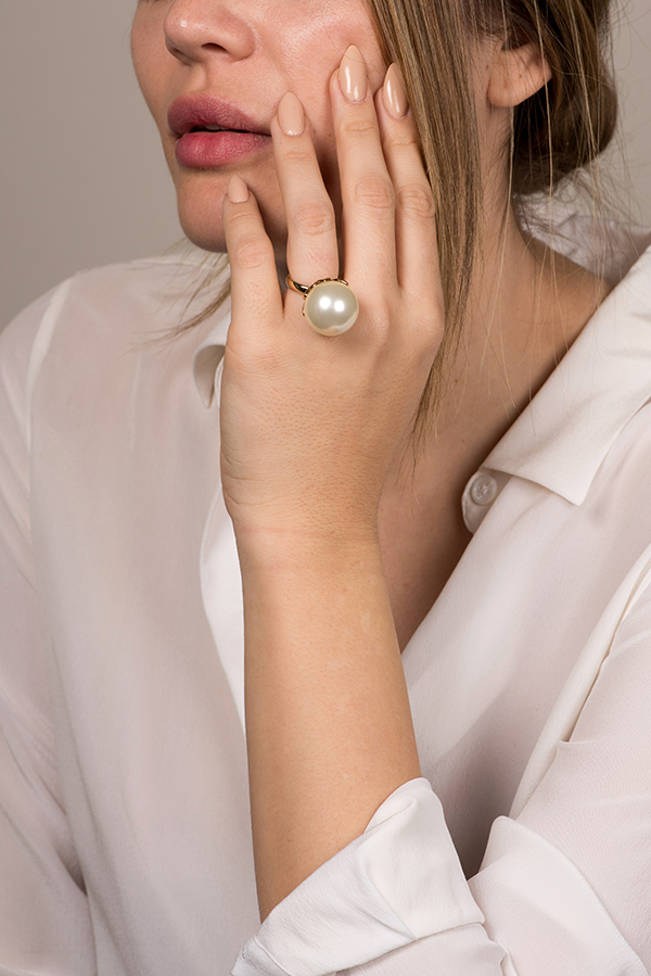 Christian Dior - Mise En Dior Pearl Ring - Size 5.5